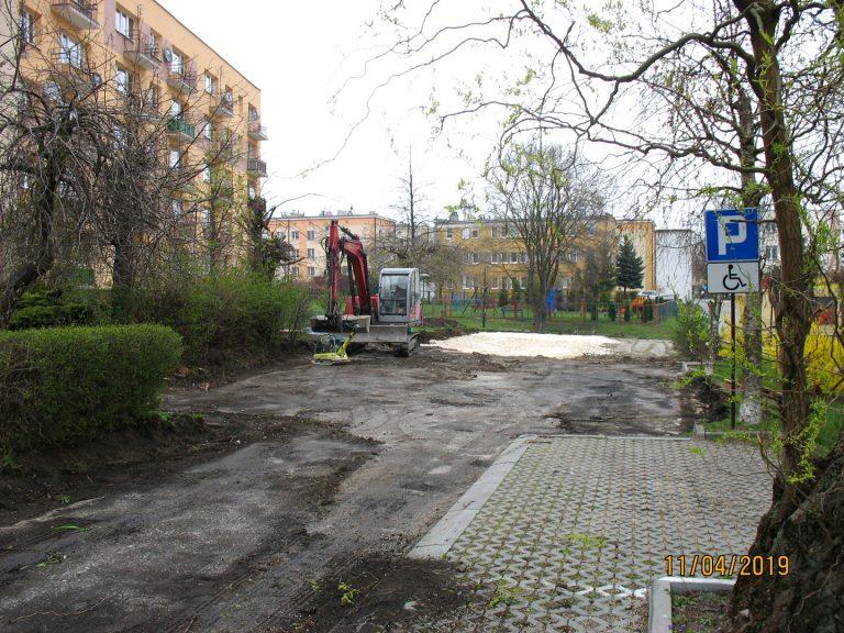 os.-Gen.-Andersa-5-parking-20190411-1