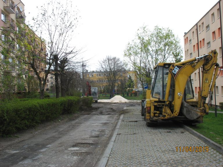 os.-Gen.-Andersa-5-parking-20190411-6