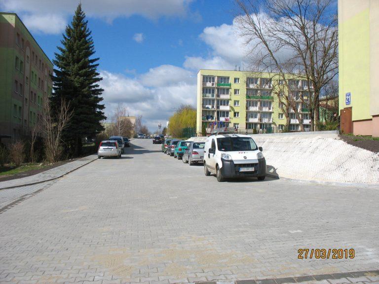 os.-Sikorskiego-pieszojezdnia-20190401-1