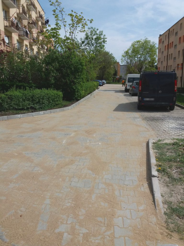 os.-Gen.-Andersa-5-parking-20190507-1
