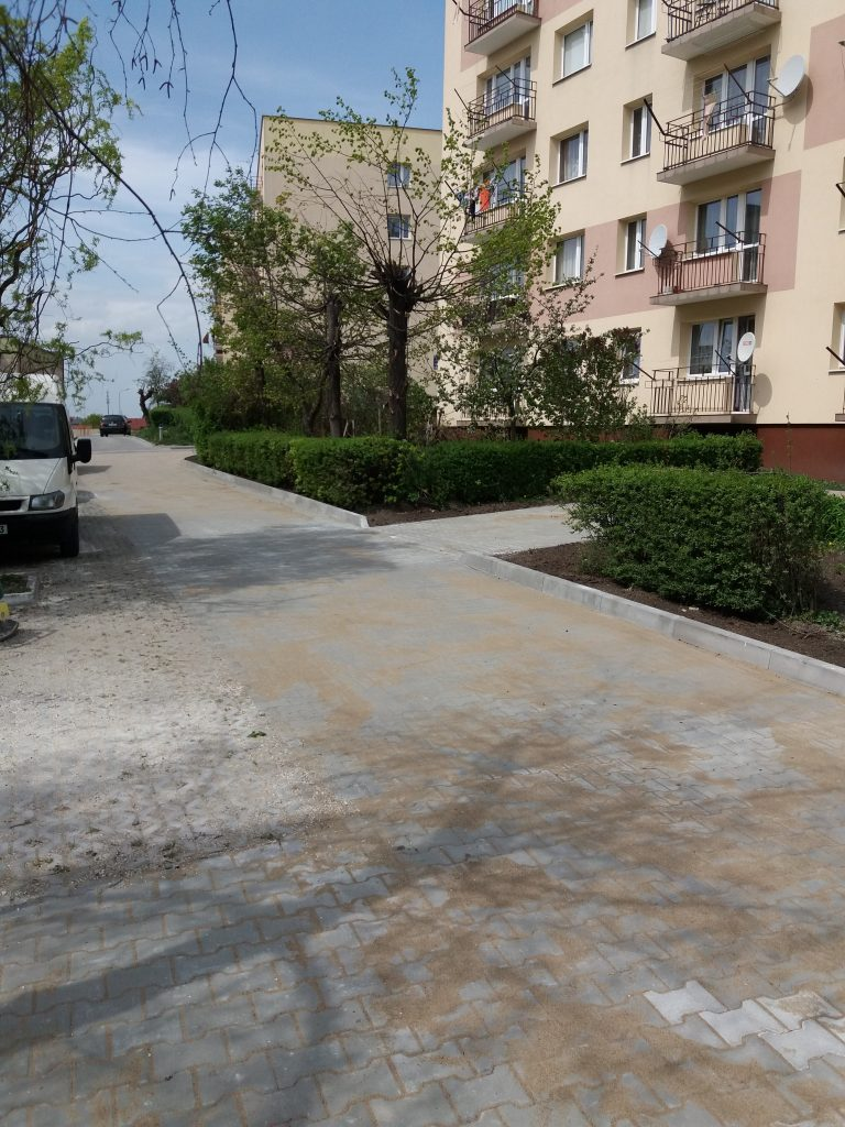 os.-Gen.-Andersa-5-parking-20190507-3